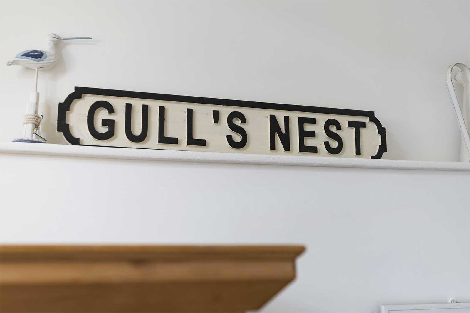 gulls-nest-sign